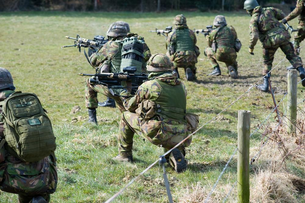 Militairen tijdens een training